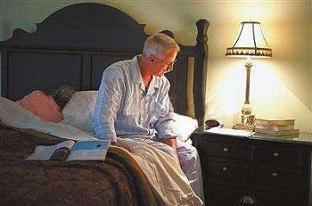 是什么原因导致老年人失眠